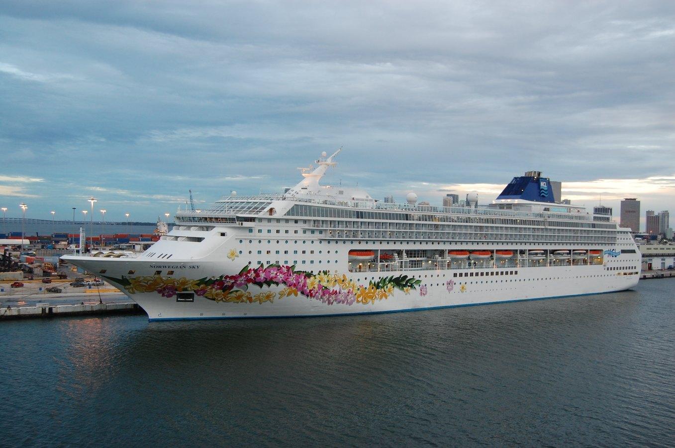sea-boat-ship-vacation-travel-transportation-1331346-pxhere.com.jpg